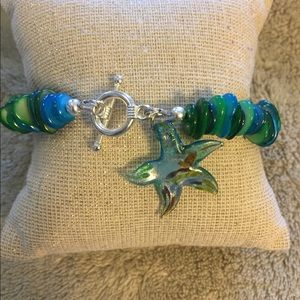 Green/blue shell bracelet with glas…